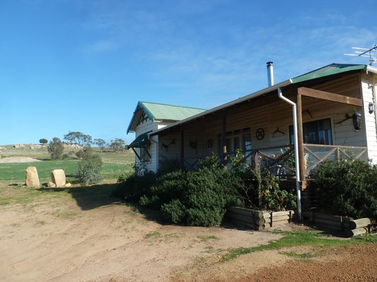 Hillside Country Retreat