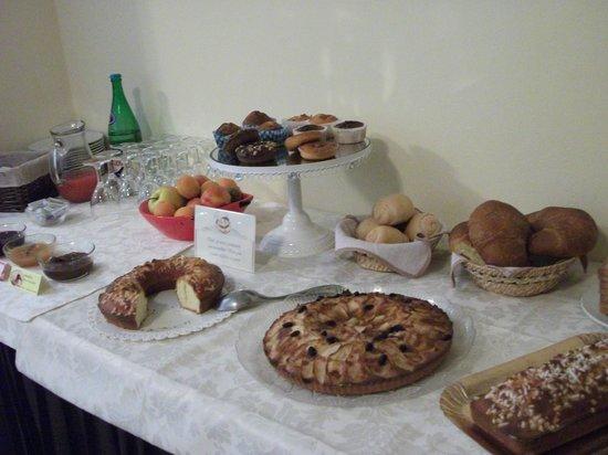 Hotel Tirrenia: buffet prima colazione