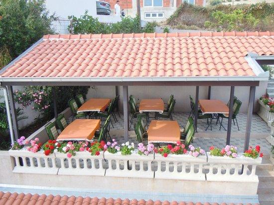 Aparthotel Stipe: The breakfast area