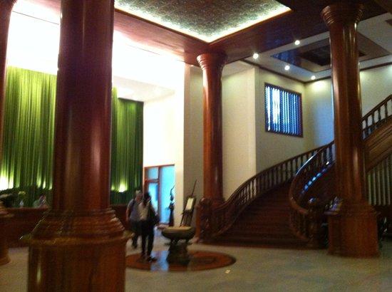 Borei Angkor Resort & Spa: Hall hotel
