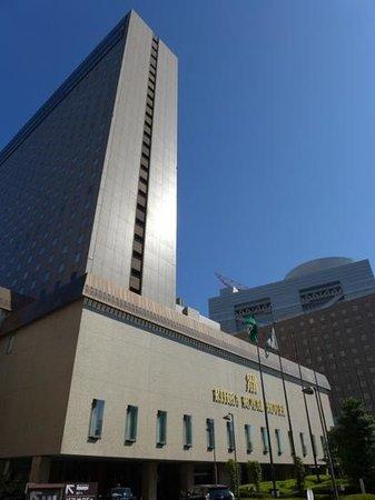 RIHGA Royal Hotel Osaka : Hotel front