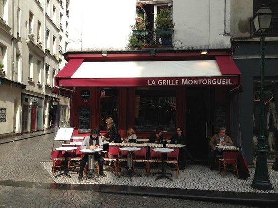 La grille montorgueil paris op ra bourse restaurant reviews phone number photos - Restaurant poisson grille paris ...