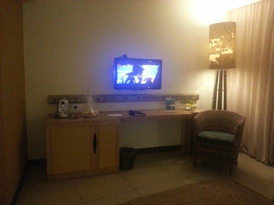 Tamarina Golf & Spa Boutique Hotel: flat screen tv