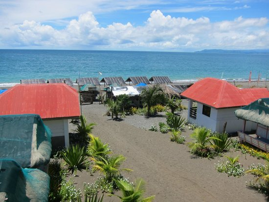Dingalan, Philippinen: Cottages taken from View deck