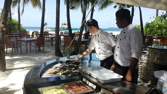 Banyan Tree Vabbinfaru: lunch bbq
