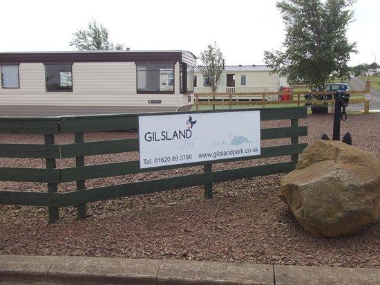 Gilsland Park: Entrance to site