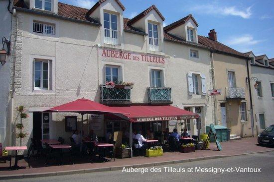 Messigny-et-Vantoux, France: Auberge les Tilleuls