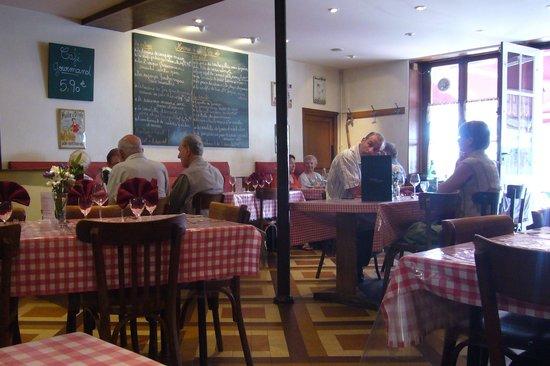 Messigny-et-Vantoux, Francia: Auberge les Tilleuls