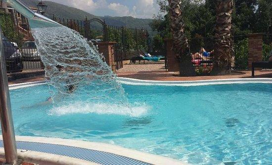 Airone Wellness Hotel: piscina con idromassaggio