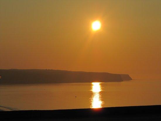 Haven Crest Guest House: Sun Set over West Cliffe