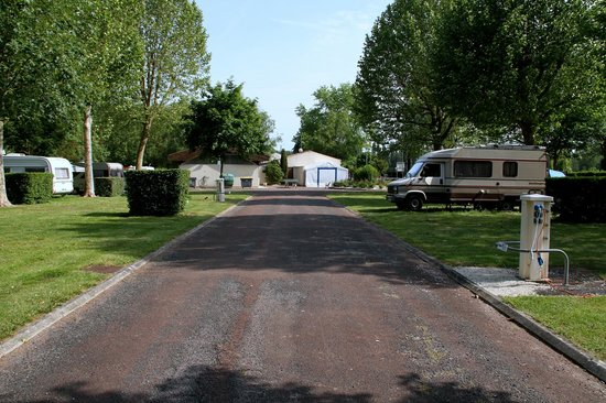 Access roads to pitches