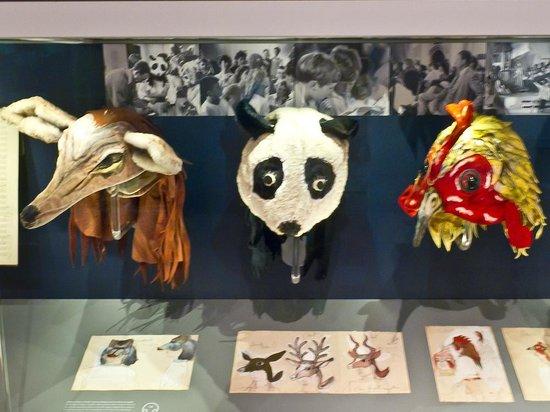 The Red House, Aldeburgh: The Red House, Noye's Fludde masks
