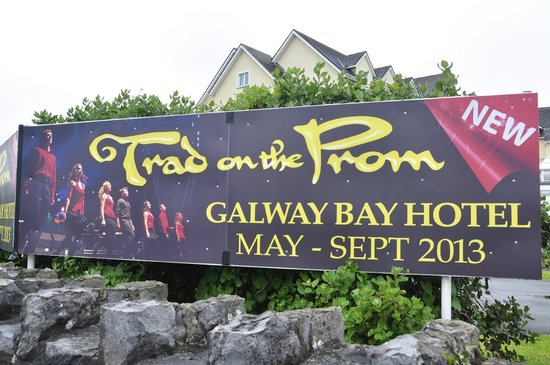 Trad on the Prom: Sign outside hotel
