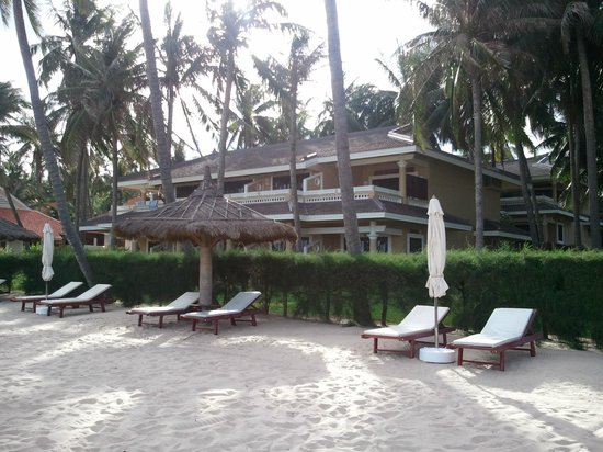 Amaryllis Resort & Spa: View From Beach