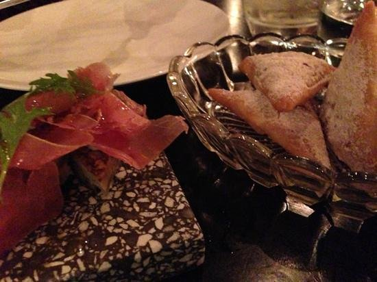 Pata Negra : air dried tuna & beef/cinnamon turnovers