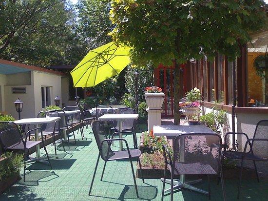 Hotel Metropol Biel : Restaurant Garden