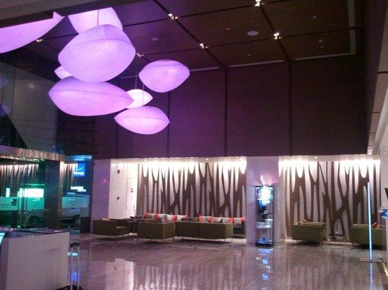 Novotel Saigon Centre Hotel: Lobby Area