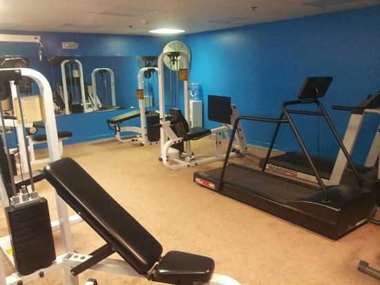 Rodeway Inn & Suites: The fitness room was OK.