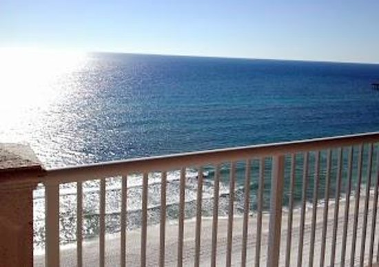 Grand Panama Beach Resort: View from balcony.