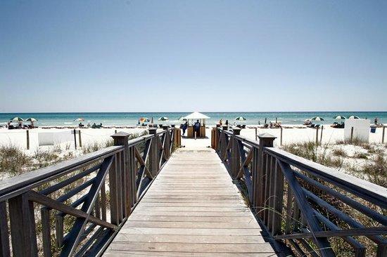 Grand Panama Beach Resort: Right on the beach....