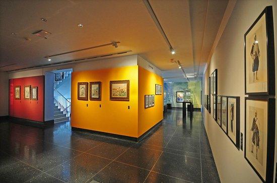 Musée Abderrahman Slaoui: Salle R'bati : exposition temporaire