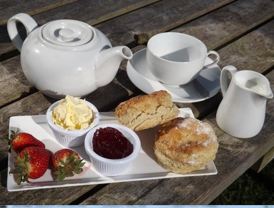 Larkstone Family Restaurant and Leisure Park: cream tea