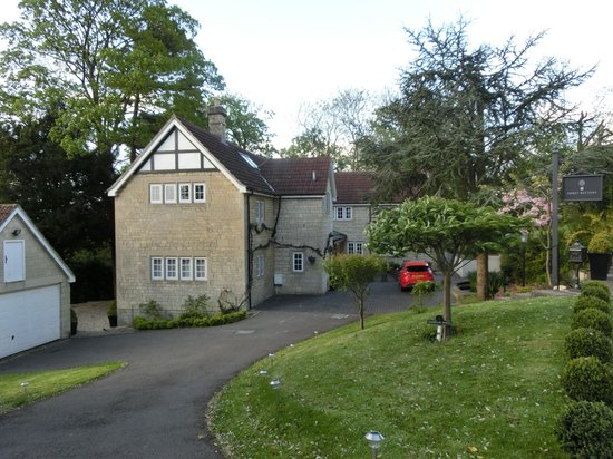 Abbey Rectory Bed & Breakfast: From the top of the Drive