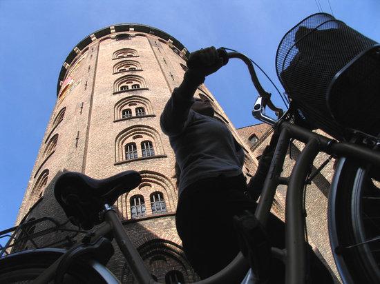 البرج الدائري