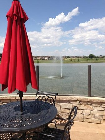 Highland Meadows Golf Course: great outdoor seating