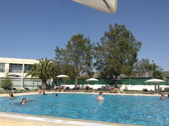 Hotel Vila Park: Piscina