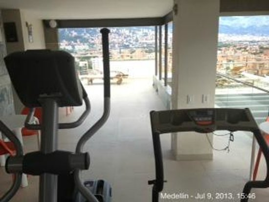 Inntu Hotel Medellín: view from the gym equipments