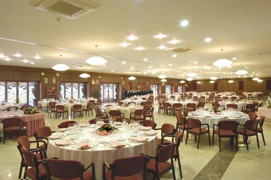 Evenia Olympic Suites Hotel