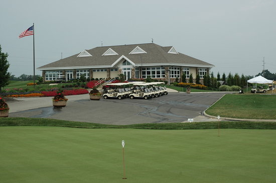Cranberry Township, PA: Golfing galore!