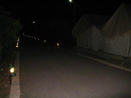 Sukhsagar Gir Resort: the tents and the lanterns