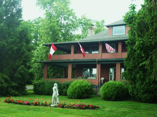 1922 Starkey House Bed & Breakfast Inn 사진