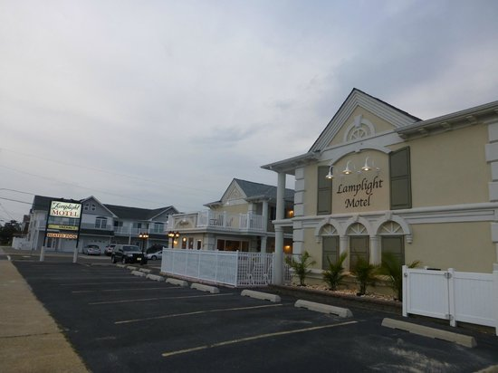 Lavallette, NJ: The Lamplight Motel
