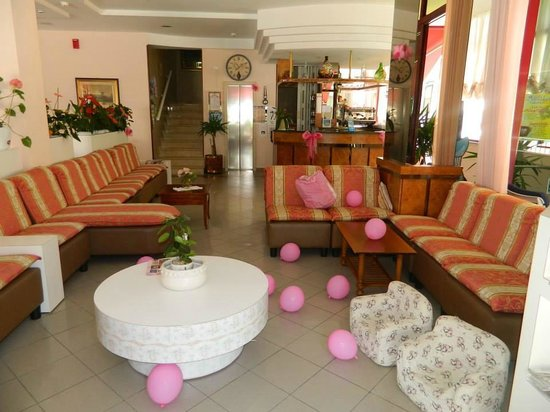 Hotel Florida : Pink hall