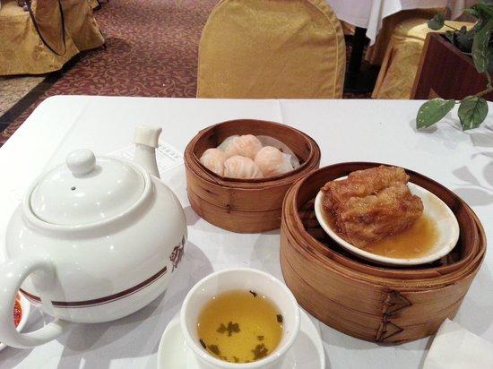 Golden Unicorn Restaurant: nice dim sum