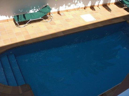 Geminis Hotel: pool
