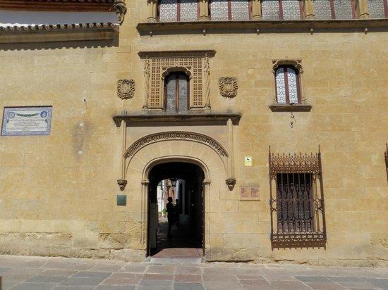 Posada del Potro: Museo de Romero Torres