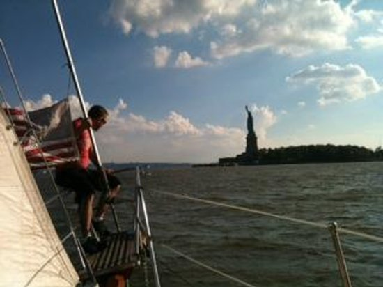 Narwhal Yacht Charters : Doug lovin' the Genesis