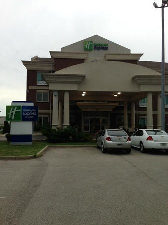 Holiday Inn Express Hotel & Suites Frankfort: Outside entrance