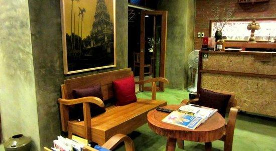 De Wiangkumkam Hotel: Rezeption