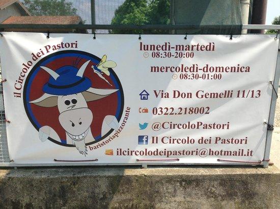 Colazza, Włochy: Il cartello all'ingresso