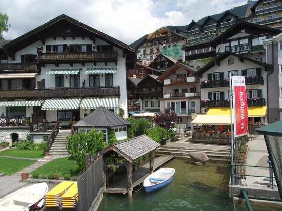Hotel Furian am Wolfgangsee: St Wolfgang ferry boat terminal