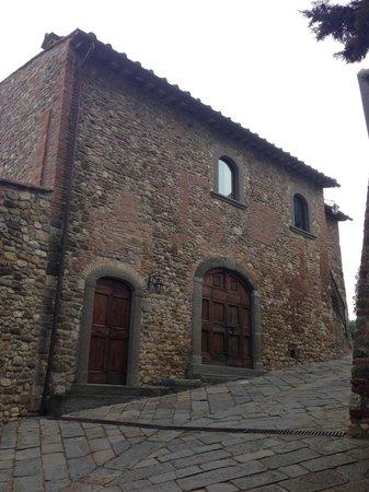 Castello di Bibbione: A True Tuscan Villa