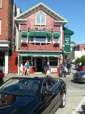 Benjamin's Restaurant and Raw Bar: Benjamin's Newport RI