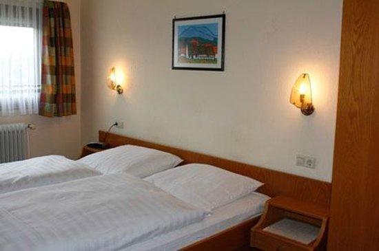 Pflug Neumuehl: Hotelzimmer