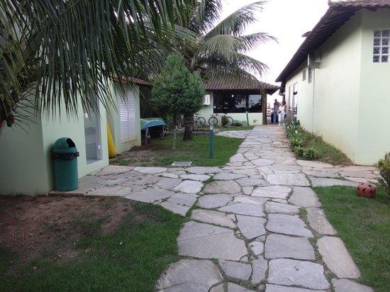 Pousada Recreio da Praia : Vista desde el pasillo hacia la entrada (mar)