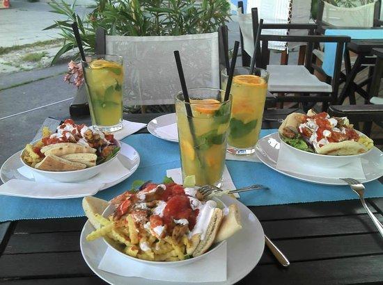 Maestro Café and Bistro / Szentendre : Gyros with lemonade